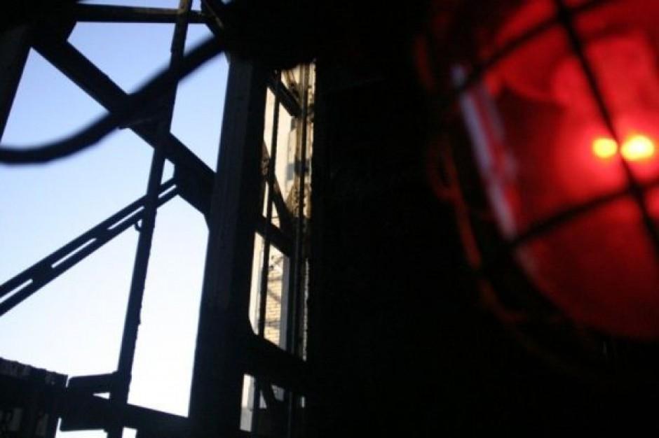 Uregulują pensje i opłaty za prąd w kopalni zagrożonej zamknięciem