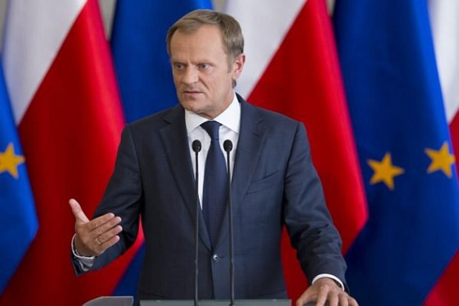 Tusk: Samorządy przesadzały, jeśli chodzi o zamykanie szkół