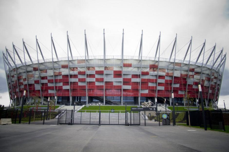 Na czym zarabiają polskie stadiony?
