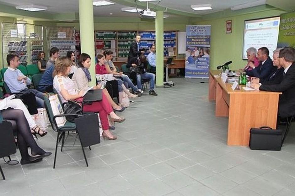 Dotacje i studia dla bezrobotnych nauczycieli ze świętokrzyskiego