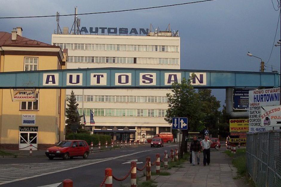 Fabryka w upadłości, ale nadal sprzedaje miastom autobusy