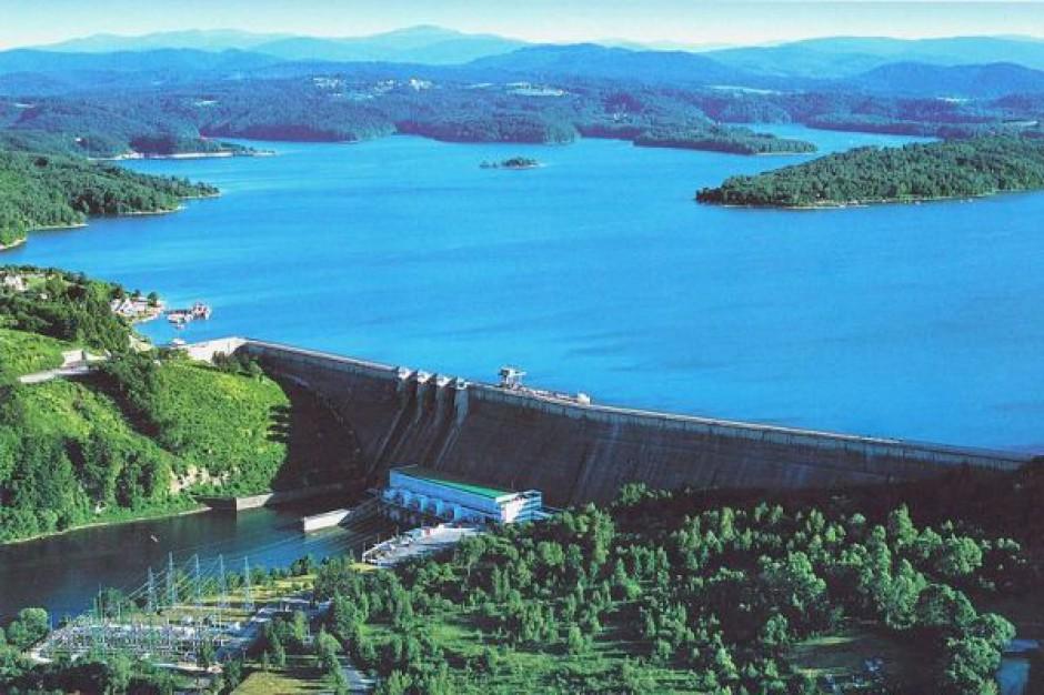 Prawie 20 tys. turystów odwiedziło zaporę i elektrownię w Solinie