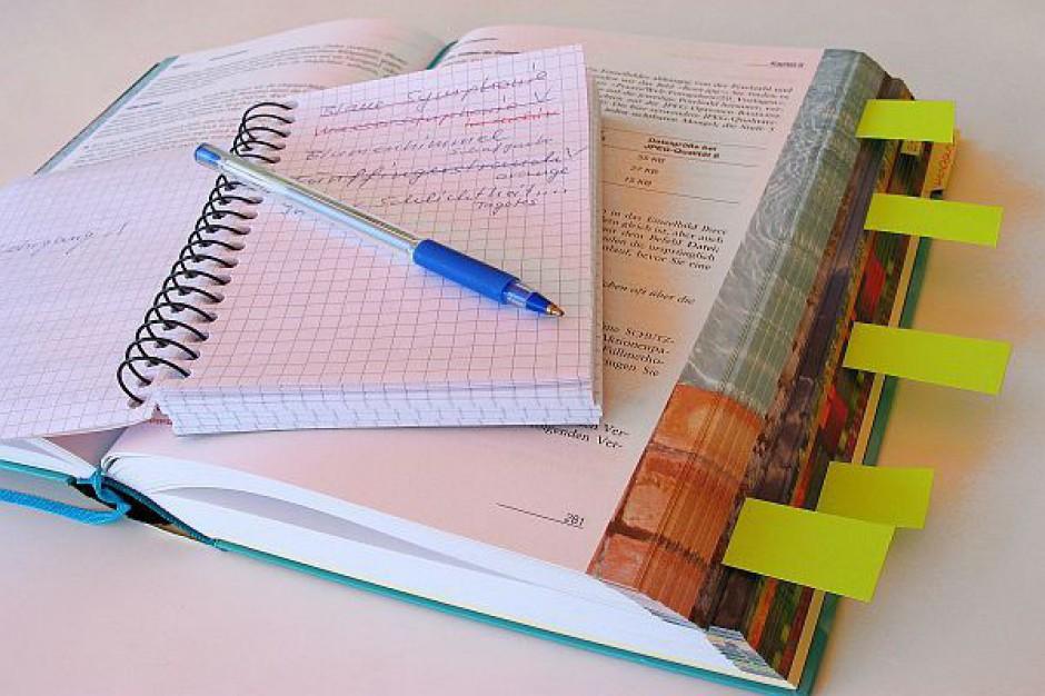 UOKiK sprawdza rynek podręczników szkolnych