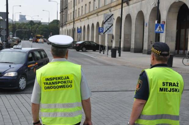 W Warszawie wojna z nieuczciwymi taksówkarzami