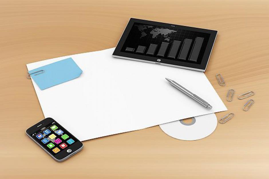 Czytnik e-booków i tablet w wyprawce szkolnej