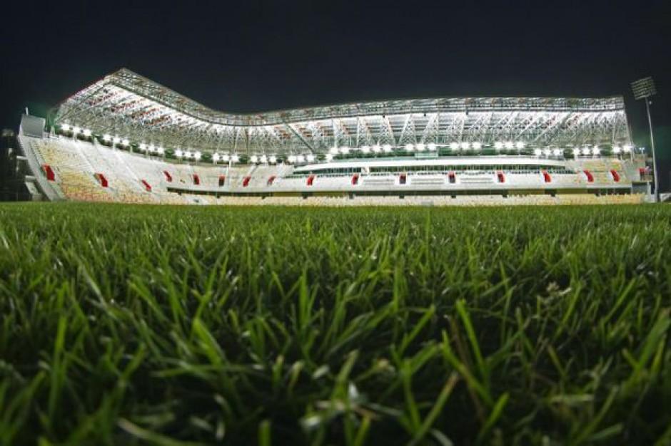 Stadion w Białymstoku: dwa lata po terminie, ale jest (zdjęcia)