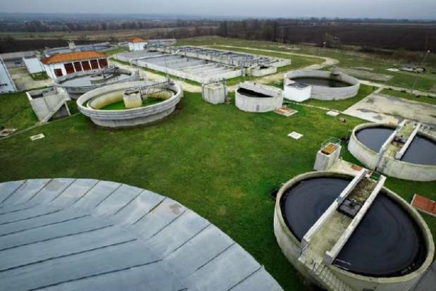 Jest polska wersja zestawu kryteriów środowiskowych dla infrastruktury wodno-ściekowej