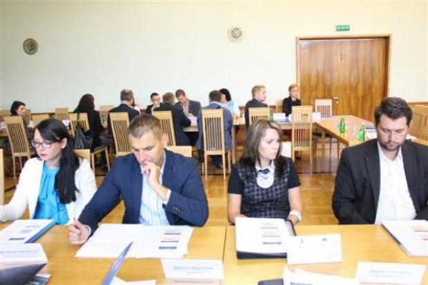 Zachęcają młodych ludzi do zakładania firm