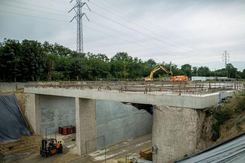 Czy budowa dworca Łódź Fabryczna znów się opóźni?