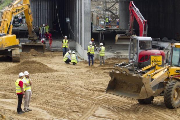 Przyszłe inwestycje za unijne pieniądze mogą znów pogrążyć sektor budowlany