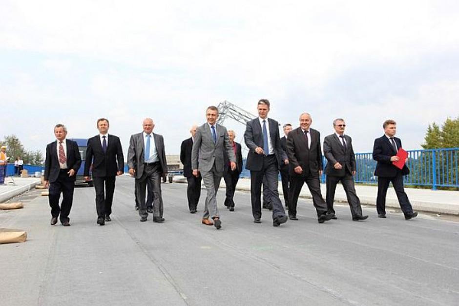 Dobiega końca warta ponad 200 mln zł budowa mostu na Wiśle
