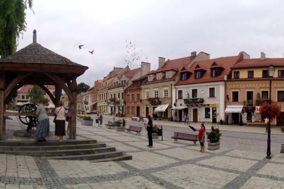 W Sandomierzu można odbierać karty mieszkańca