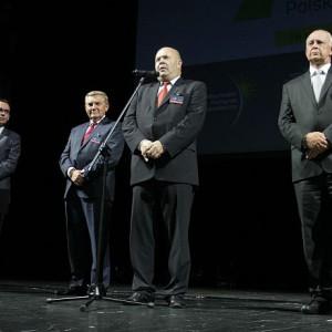 Od lewej: Wojciech Kuśpik - Prezes Grupy PTWP, Tadeusz Truskolaski - Prezydent Białegostoku, Witold Karczewski - Prezes Izby Przemysłowo-Handlowej w Białymstoku oraz Marszałek Jarosław Dworzański