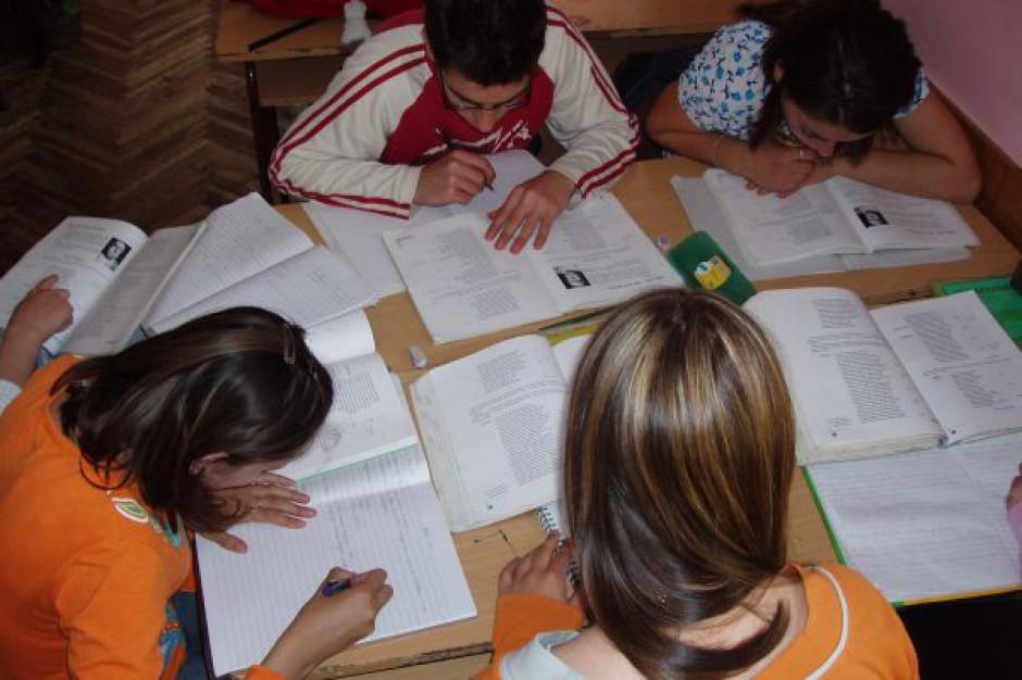 Światło, temperatura w szkole - ważne nie tylko czego, ale i w jakich warunkach uczą się dzieci