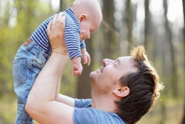 Panowie rzadko korzystają z urlopu rodzicielskiego