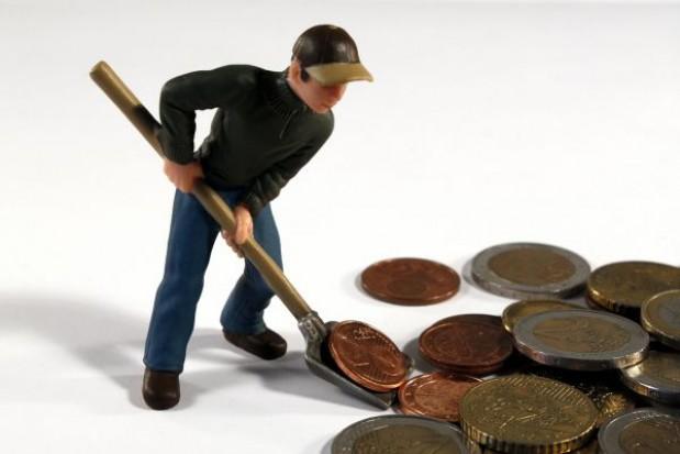 Niskie wynagrodzenia przekleństwem samorządowców?