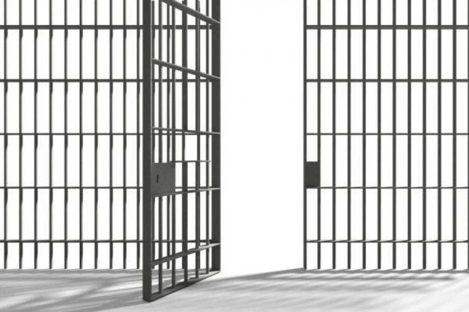 Gimnazjaliści uczą się w więzieniu