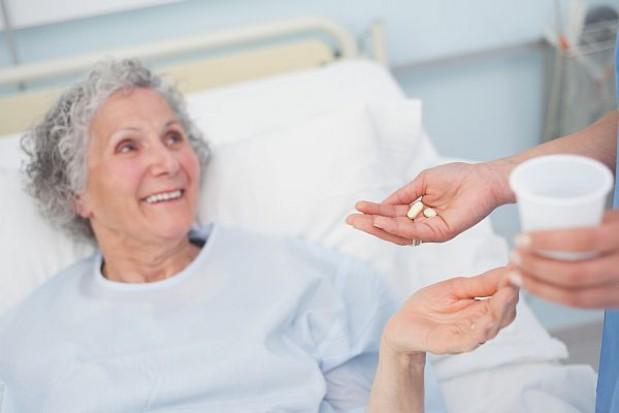 Opieka nad starszymi coraz bardziej się profesjonalizuje