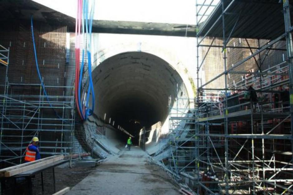 Zobacz jak Gdańsk buduje 1,5 kilometrowy tunel