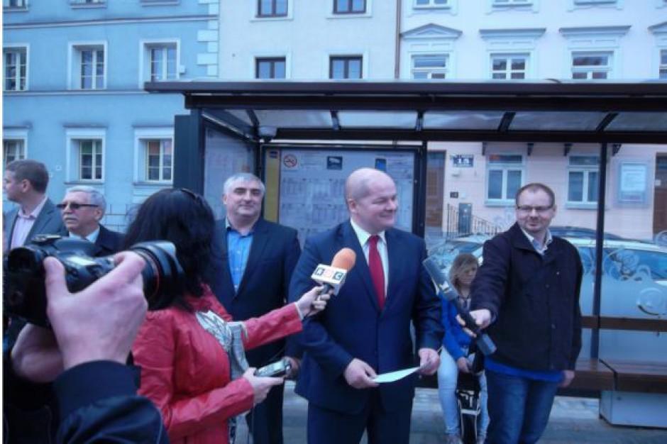 Przystanki z alarmem stanęły w Płocku