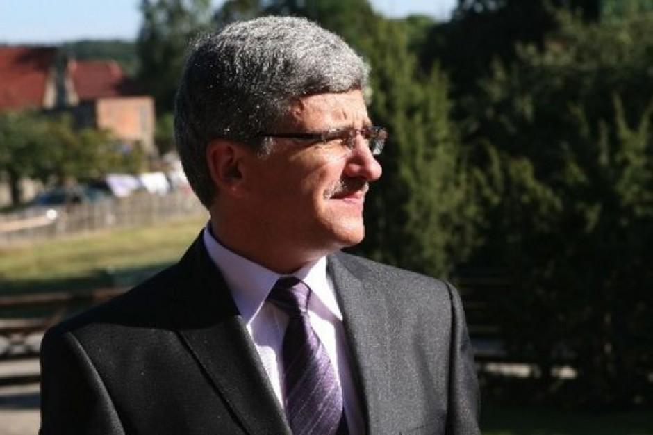 Małopolskie: obecni włodarze miast faworytami w wyborach