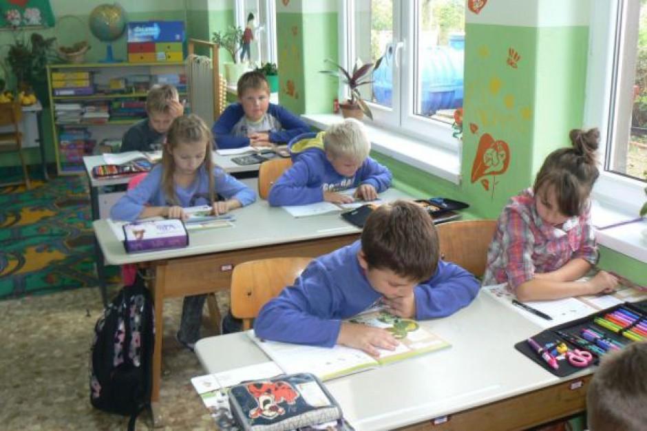 Twój Ruch chce zmniejszenia liczby uczniów w szkołach