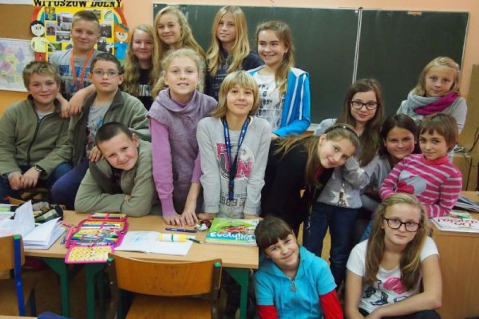 Międzynarodowo za pośrednictwem internetu w szkole w Witoszowie Dolnym