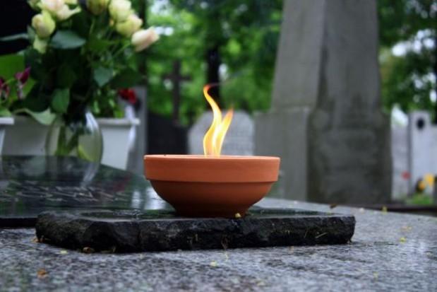 Dotacja wojewody na utrzymanie cmentarzy wojennych w 61 gminach Warmii i Mazur