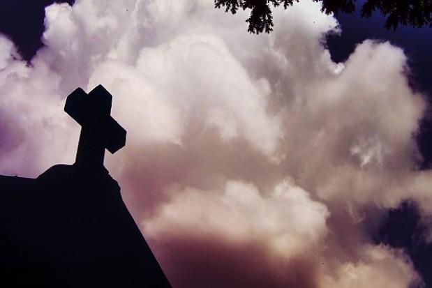 Zebrano 49 tys. na zabytki cmentarne w Łomży