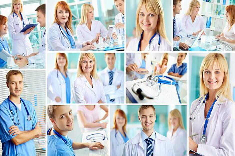 Chaos i jeszcze dłuższe kolejki do lekarza