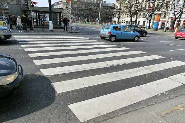 Przejścia dla pieszych do zmiany