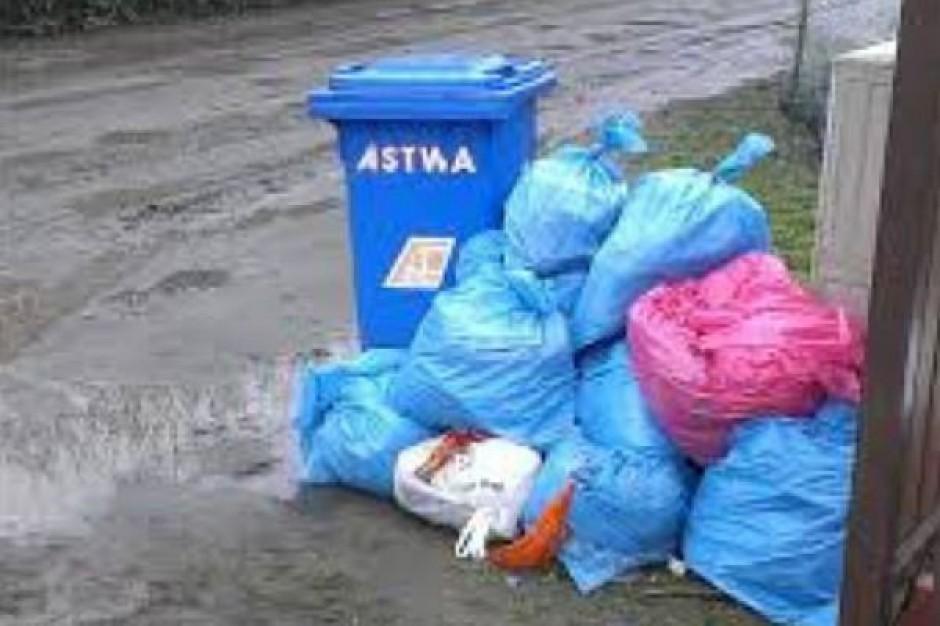 """Utrzymano dopłaty do """"opłat za śmieci"""" dla dużych rodzin w Krośnie"""