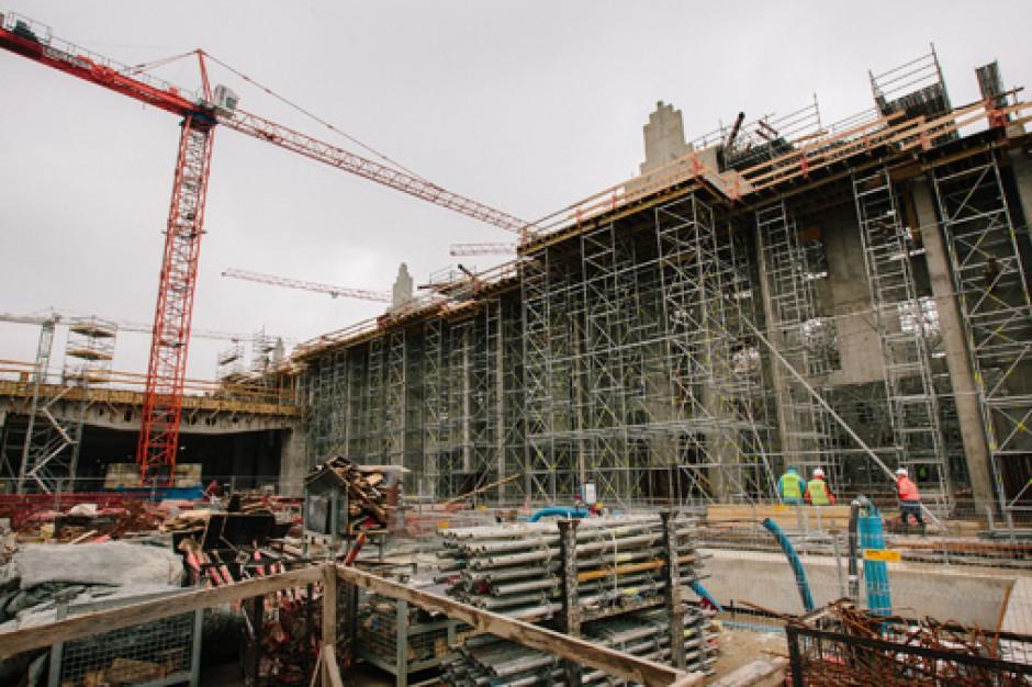 Zobacz jak rośnie nowy dworzec Łódź Fabryczna