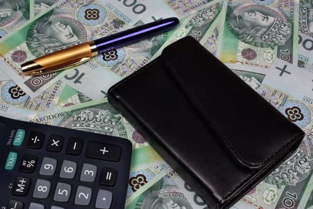 Płace w budżetówce zamrożone - sejm przyjął ustawę okołobudżetową