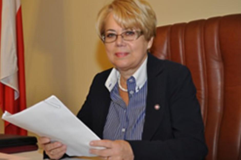 Wojewoda zrezygnował z mandatu. Radni oburzeni