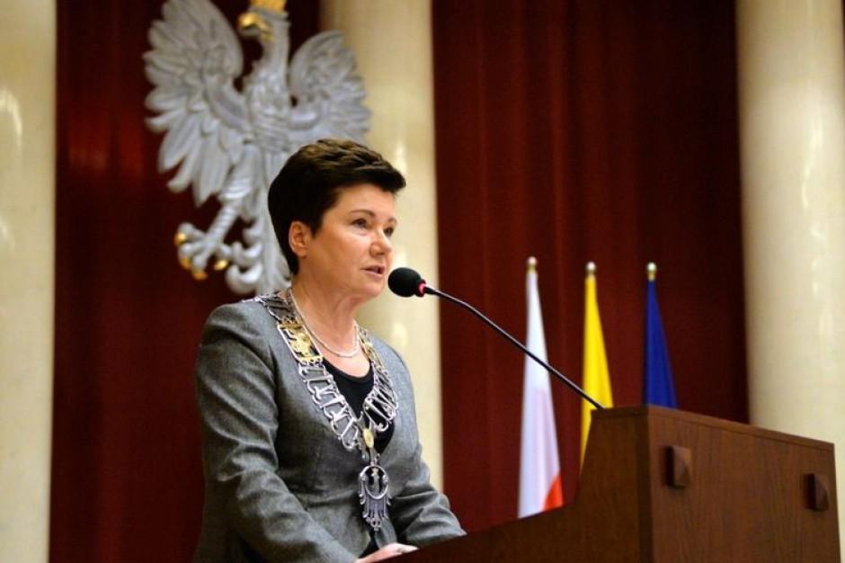 Hanna Gronkiewicz-Waltz po raz trzeci i ostatni zaprzysiężona na prezydenta stolicy
