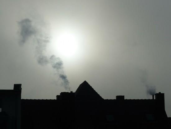 AGH: od 10 lat ilość pyłów zawieszonych w Krakowie nie zmniejsza się