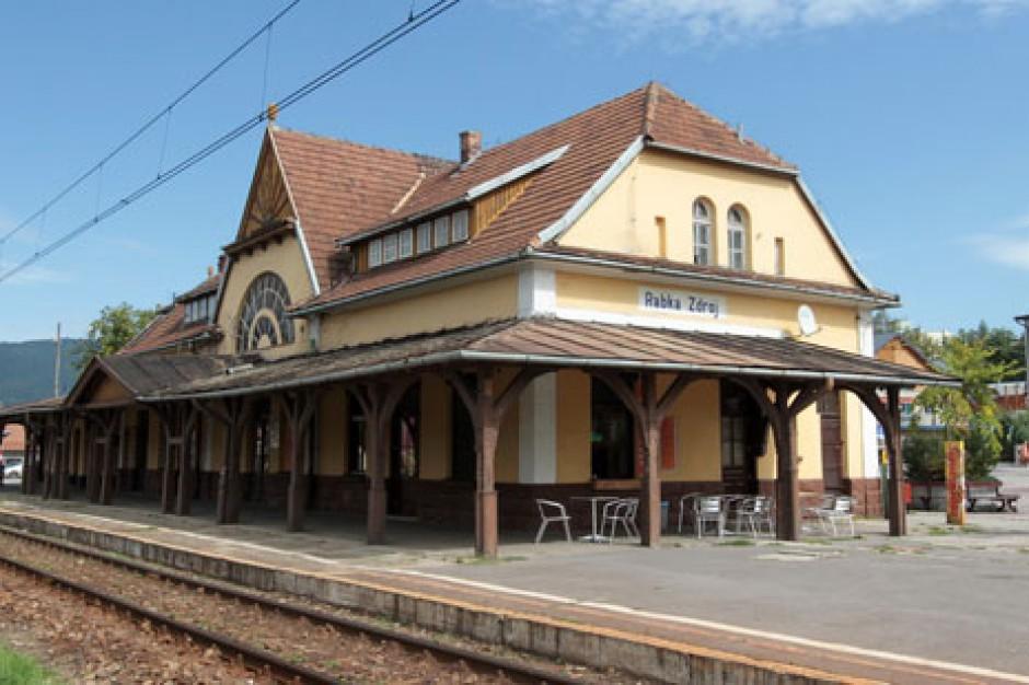 Otwarto wyremontowany dworzec PKP w Rabce-Zdroju