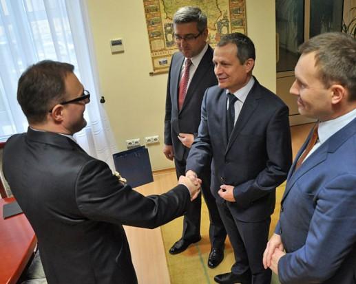 Radosław Witkowski, prezydent Radomia liczy na więcej inwestycji Polskiej Grupy Zbrojeniowej