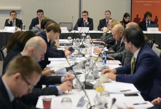 Województwa będą miały większy wpływ na dystrybucję środków z EFS