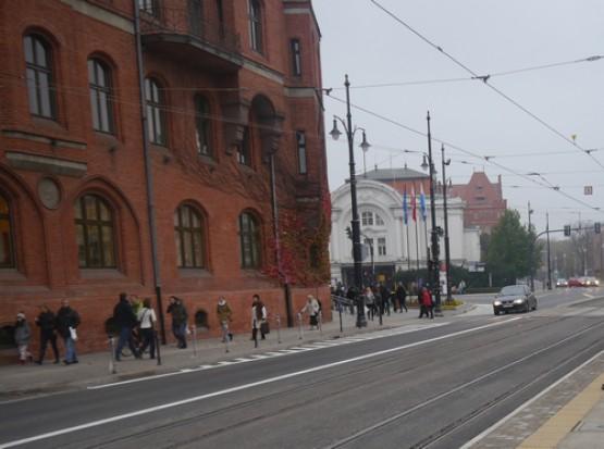 BiT City w Toruniu: kładka, węzeł przesiadkowy, torowiska