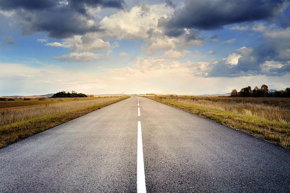 Powstanie ponad 2,2 tys. km dróg ekspresowych, autostrad i obwodnic