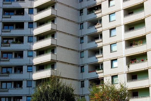 Spada liczba transakcji dotyczących najdroższych mieszkań