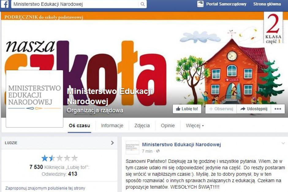 Internetowy czat na Facebooku z minister Joanną Kluzik -Rostkowską okazał się klapą