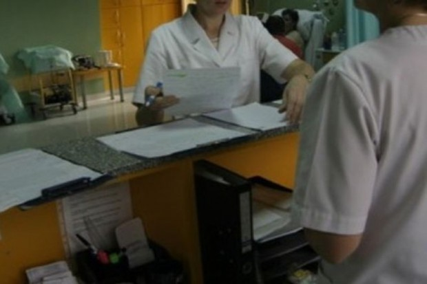 Zamieszanie z umowami dla POZ. Gdzie pacjenci mogą mieć problemy?