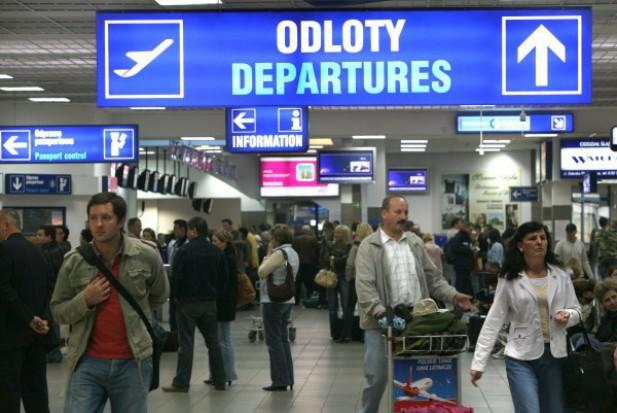 2,7 mln pasażerów odprawił katowicki port lotniczy