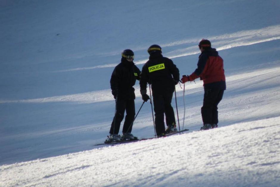 Policjanci pilnują bezpieczeństwa na małopolskich stokach narciarskich