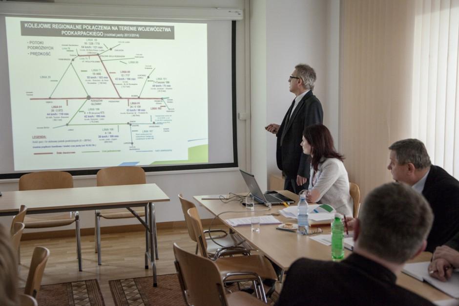 Przewozy Regionalne: podkarpackie samorządy dofinansują pociągi