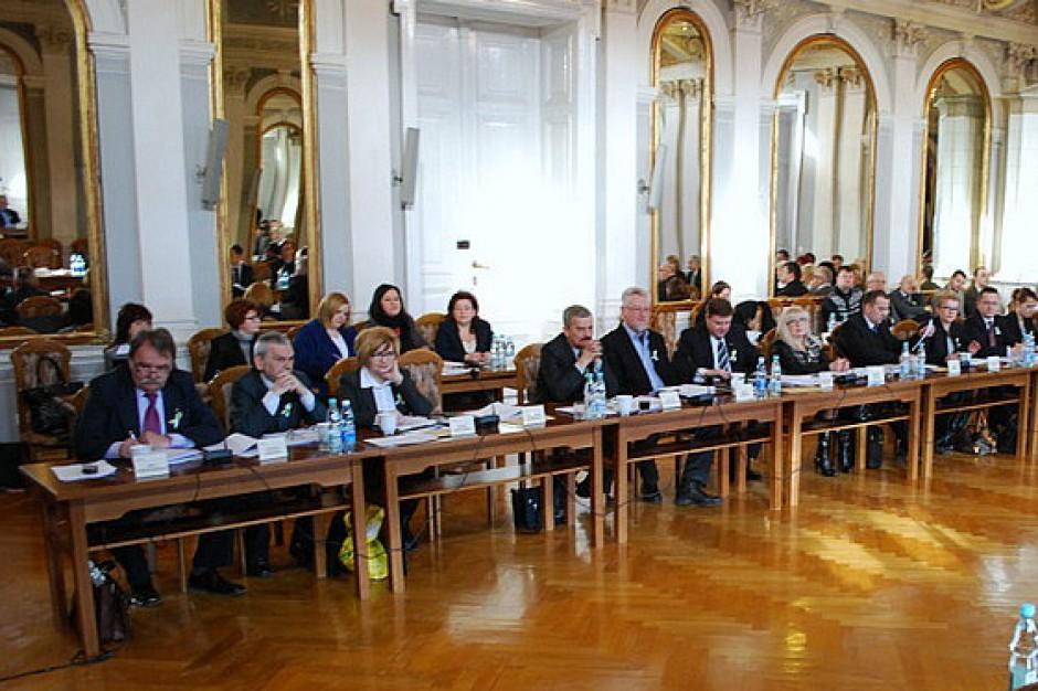 Wybory samorządowe: Wygaszono mandaty wszystkich radnych w Tarnowie