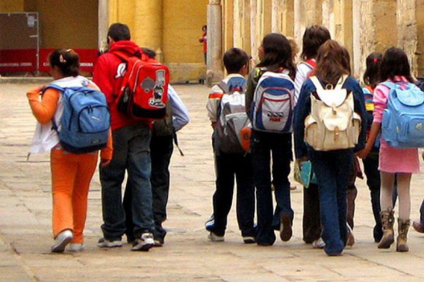 MEN: szkoły gotowe na przyjęcie polskich dzieci z Donbasu